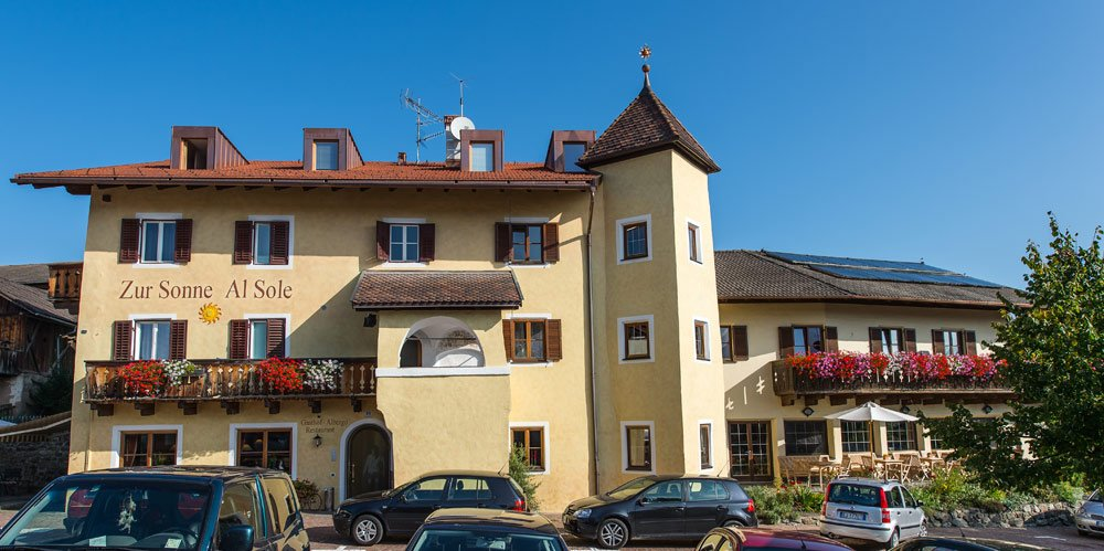 Guest House zur Sonne: adventurous holiday in the alpine village of Laion