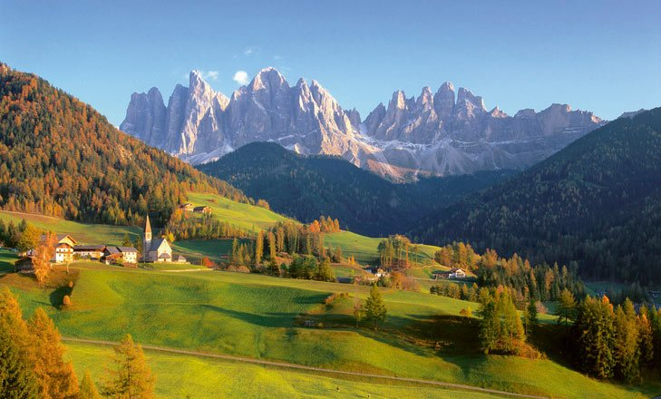 Urlaub im Herbst – Wanderungen in den Dolomiten