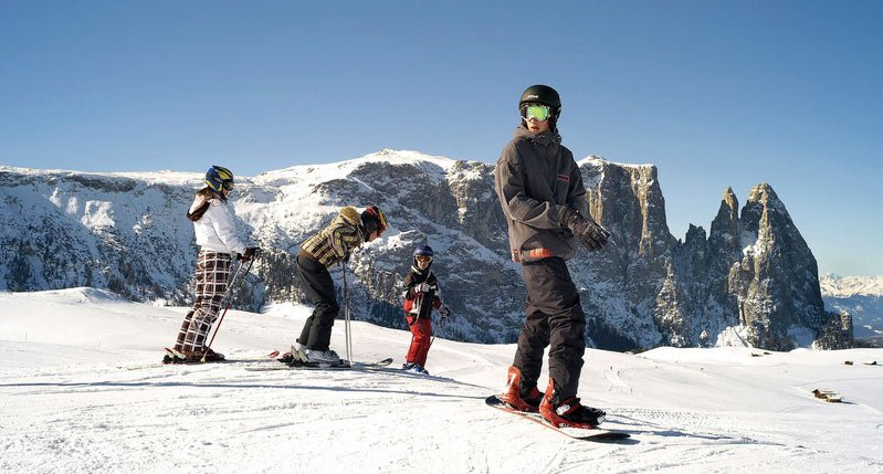 Short ski holiday with skipass: adventurous ski weekends in Laion