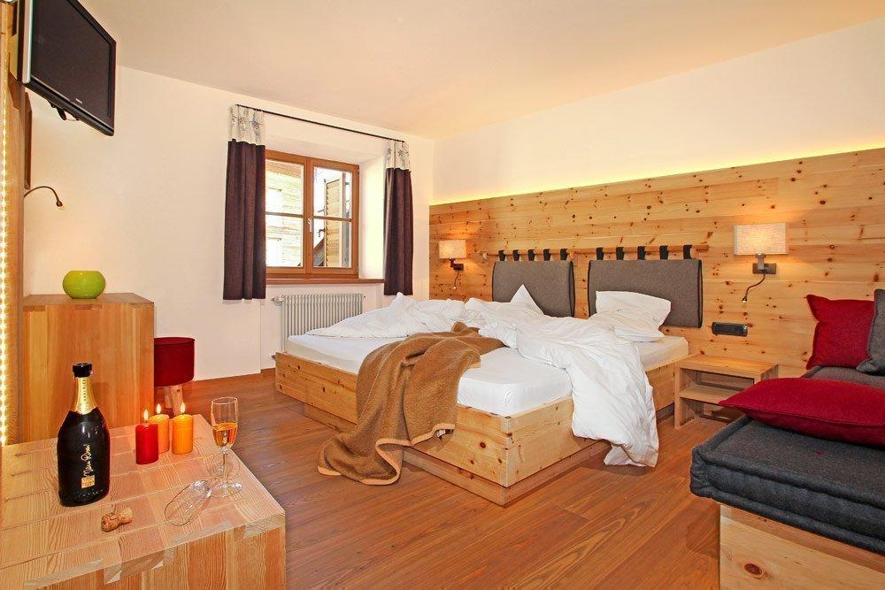 Gasthof zur Sonne: pleasant accomodations in Gardena valley